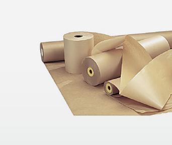Hvitt papir i bunke på grå bakgrunn